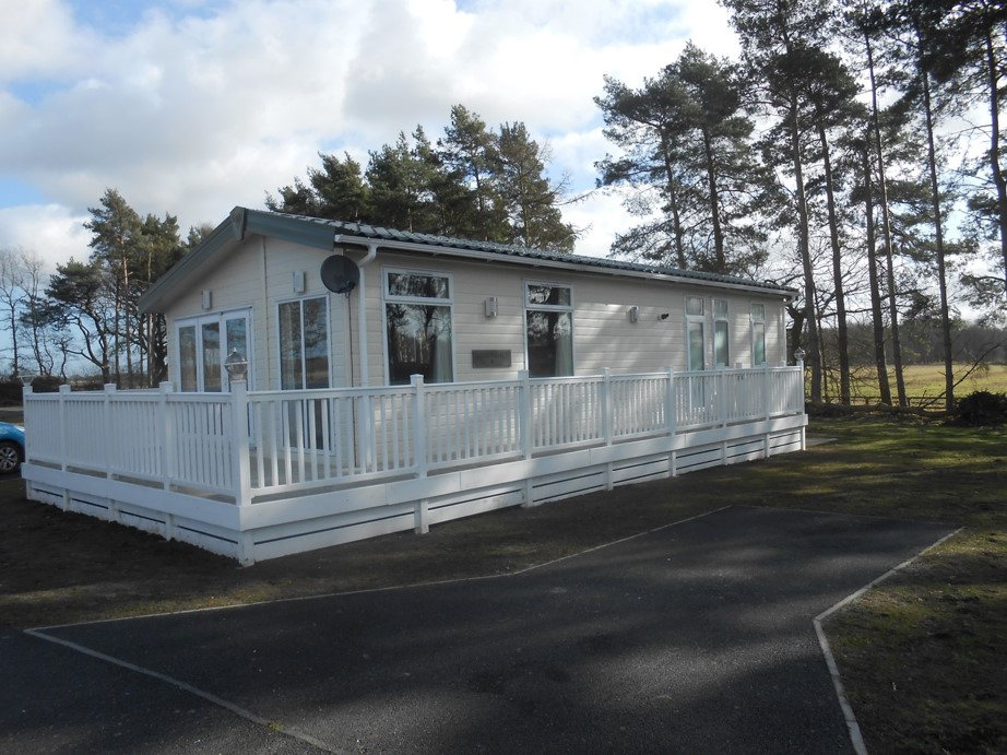 Flower of may caravan parks in yorkshire for Pemberton cabins