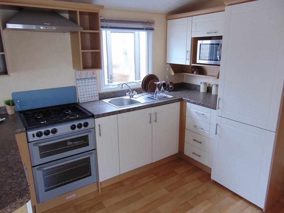 Willerby Granada 2008, 35×12, RS, Kitchen