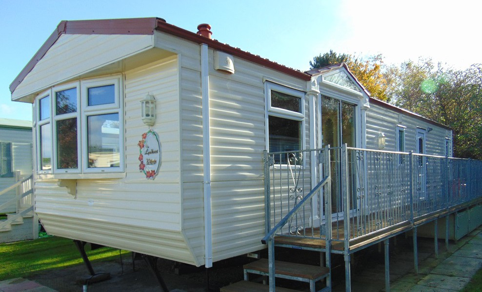 Pre Owned 2002 Willerby Lyndhurst Flower Of May