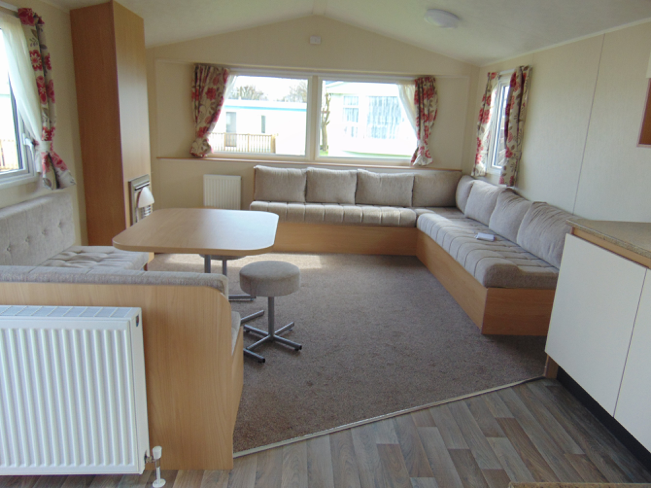 Pre Owned 2015 Willerby Aurora Flower Of May