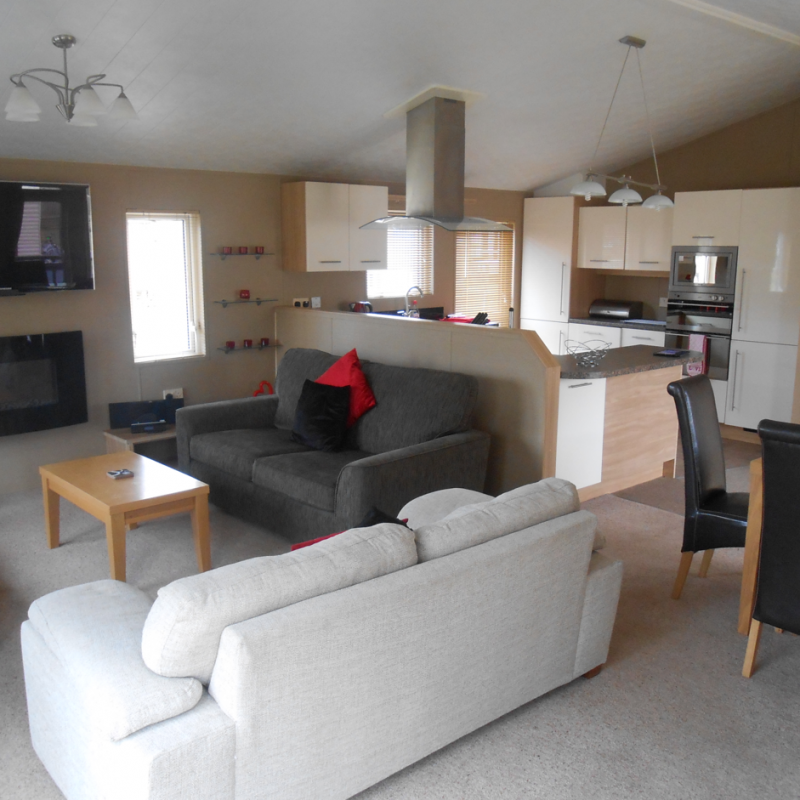 Pre Owned 2011 Willerby Boston Lodge Flower Of May