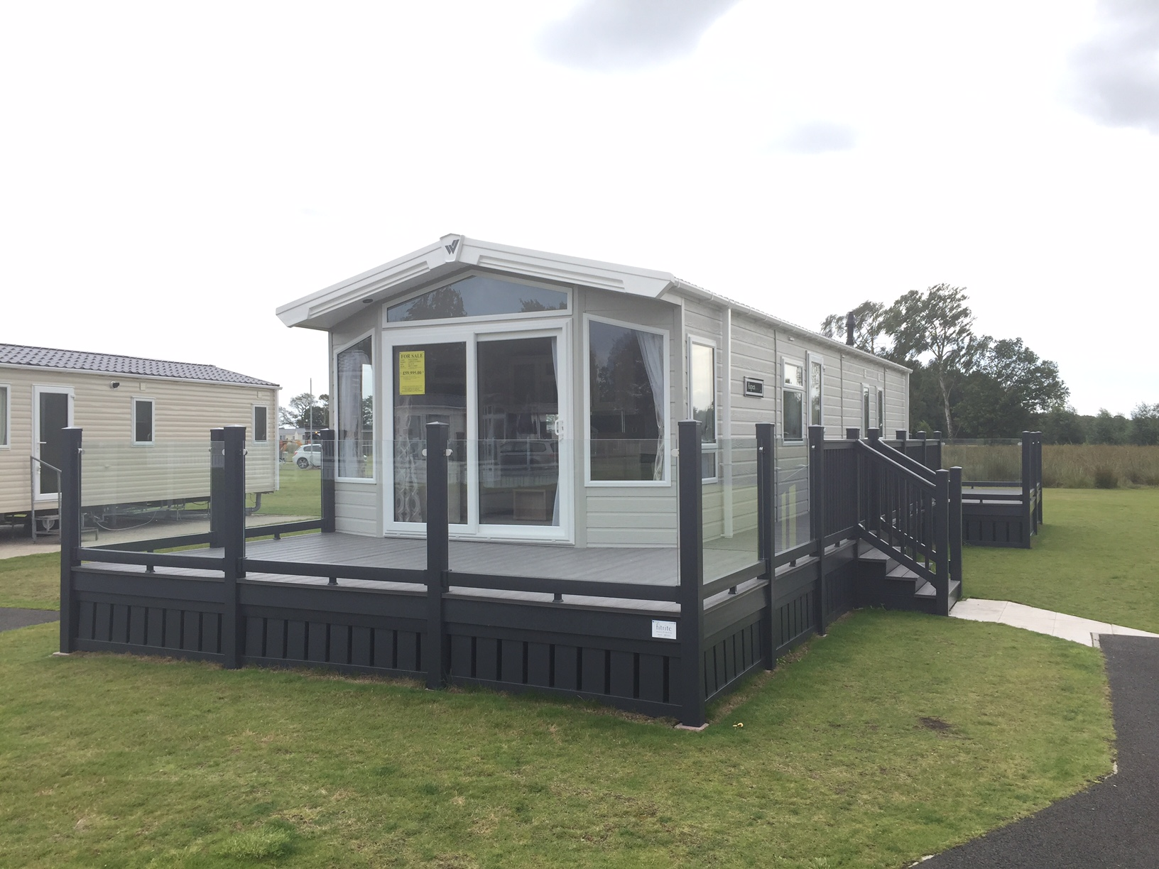 Pre Owned 2017 Willerby Aspen Lodge Flower Of May