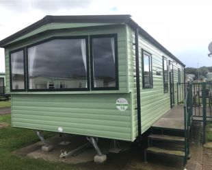 PRE-OWNED 2014 ARRONBROOK LUXIHOME