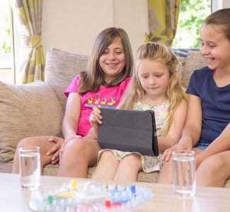 Goosewood-Lodge-Holidays-Family-Tablet